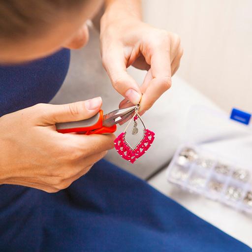 Création artisanale de bijoux